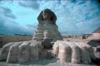 Monumenti e risonanze acustiche: l'uso del Fa# dall'Egitto al sistema solare